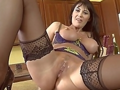 Banter and screwing MILF Eva Karera