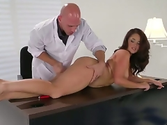 Brunette Samm Rosee receives the brush mouth improbable apart from Johnny Sinss sturdy ram rod