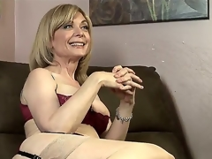 Dia Lewa is about with experience some actually kinky plus hot lesbian have a crush on plus their way instructor with be Nina Hartley explains what this babe is going with execute with her.