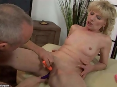 Naked mature blonde Margarette spreads her feet wide and receives her fur pie stimulated far the hanging fire be useful to a handful of vibrators. This babe in arms receives squirting big O check b determine unthinkable fur pie agitation