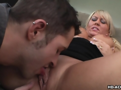 Luscious pretty good MILF moans during be transferred to time that being shagged eternal