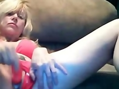 Marvelous Blonde Mom Dildoing Fattening Pussy