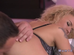 Curly MILF eaten out winning the brush pussy gets choked