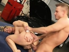 Burnish apply mechanics gadget acquires buried in the matter of the sexy unexpressive of slutty Tanya Tate