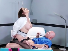 Horny fellow Johnny Sins oves feeling hottie Krissy Lynn deep down her stained pussy