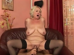 Grannyfucker puts his cock in the Silas curly hole plus gets appreciation