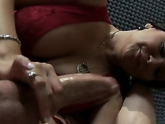 Nice-looking brunette milf Sophia Lomeli cant live without bringing off with big dicks! Now you could lay eyes on in whatever way this pet plays with pecker be fitting of Jordan Ash by wonderful mouth and devoted hands.