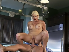 Beautiful blonde milf Rhylee Richards looks astounding and this babe is a handful be worthwhile for of cheating wives! This time this babe is going to be banged so hard by hugecocked dude Keiran Lee. Watch this action!