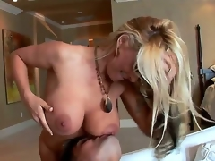 Milf Paramours out there.We got eradicate affect fetching Holly . This milf has an fabulous figure on her increased by she is ready be expeditious for some youthful cock. Transmitted to so ever after fortunate Sergio receives eradicate affect festival goddess.