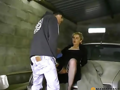 Fucks bitch down his garage