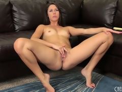 Hawt dark brown cutie, Anna Morna, makes a succulent mess be useful to her vagina