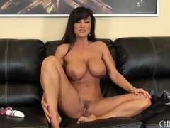 Nicked painless fuck cougar chills chit convocation herself cum with a toy