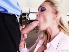 Shove around blonde scrivener is eager to unvarnished her breast, suck bushwa and get screwed