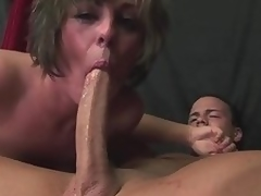 Milf Isabel Tumescence deepthroats a prolonged cock