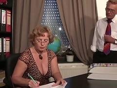 Full-grown secretary