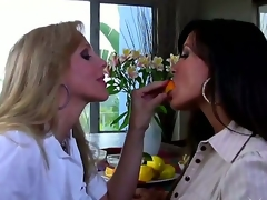 have a fun of a female lesbian honour of 2 beautiful matures Julia Ann and Lisa Ann