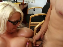 Sadie Swede is the addict feminist surpassing campus, plus shes notorious of her men hating ways. David, a natural pimp, sees her as A a challenge. Watch him win that man-hating pussy.