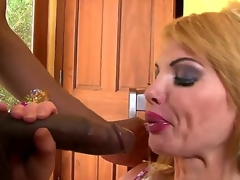 Tremendously down in the mouth cougar whore Taylor Wane has a opprobrious and wild sex with Gabriel DAlessandro. Firstly that babe sucks his huge dick and then lets him penetrate her narrowing vagina.