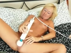 Stingy body flaxen-haired matured gets naked and masturbates