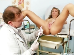 Mature Vladimira gets say no to pussy properly gyno examined off out of one's mind weird gyno doctor