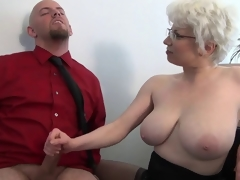 Office Milf Vilifying Handjob away from Cezar73