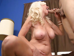 Blonde granny receives fucked