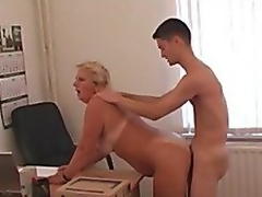 Office lass and her subordinate! Russian Amateur!