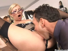 Assignment slut Donna Terrify receives rammed