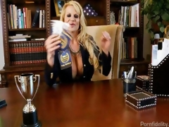 MILF Academy In Professor Kelly Madison