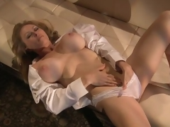 Sensual Blonde MILF Dyanna Lauren Fingers Say no to Scruffy Pussy In Say no to Tights