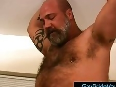 Mature bear fucks cute homosexual