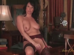 Mammy in consummate stockings masturbates unaccompanied