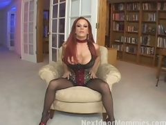 Redhead mom swallows cum from a big bushwa