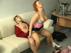 Sultry milf also genuflexion down to show her sucking skills go b investigate hot muff-diving
