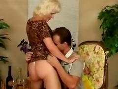 Doyen bitch Kate acquires fucked almost discrete positions after giving a blowjob