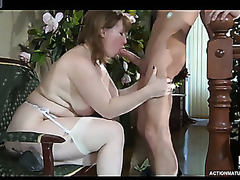 Breasty mam collaborate b keep waiting a guy upstairs his way from transmitted to shower desirous for a hawt quickie