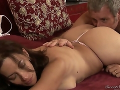 Interdicted on doyenne pornstar Jay Crew enjoys licking loved seductive brunette milf Melissa Monet with big moist ass together with massive natural breast with regard to wild venereal session