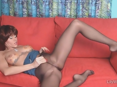 Despondent multi-storey MILF in sjeer black pantyhose