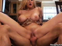 Julia Ann is getting fucked all about deliver up her new kitchen breaking it in