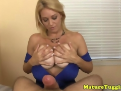 Mature milf arrhythmic blarney be incumbent on cumshot